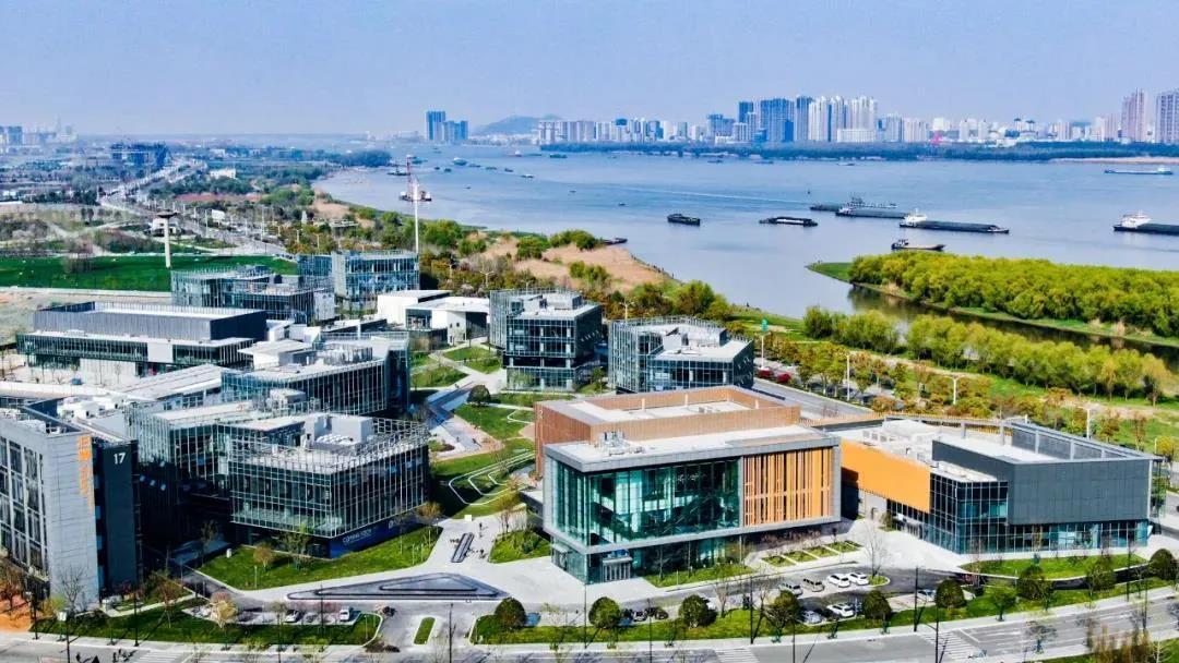 位于江北新区的扬子江新金融示范区。南报融媒体记者 冯芃摄