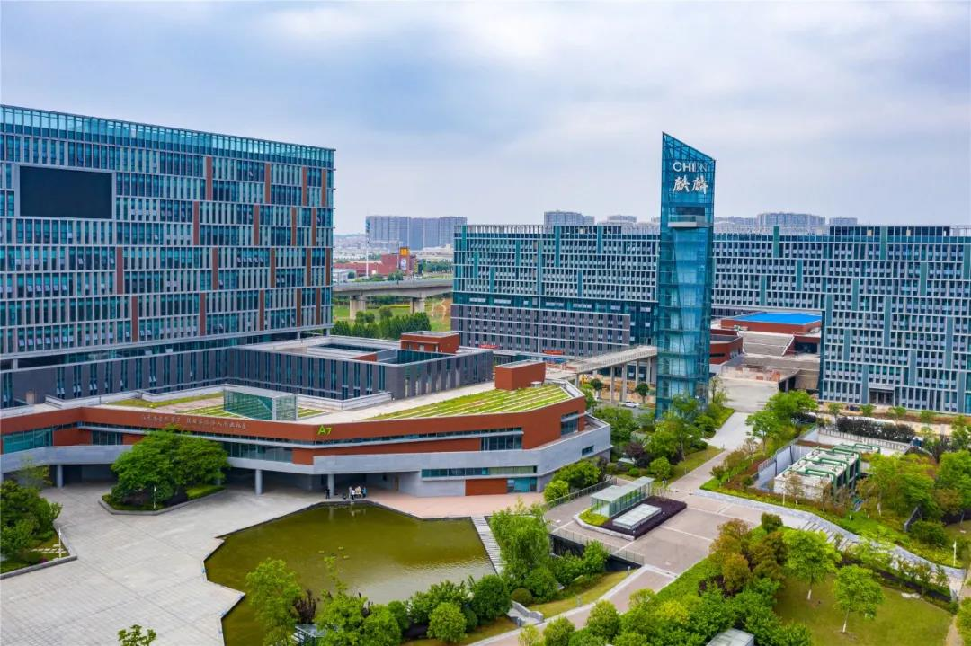 南京麒麟科技创新园已建成全市第一个机器人研发园、全国第一个综合机器人展示体验馆、全国第一个中国科协海智计划机器人研发基地。通讯员 曹秋雯 南报融媒体记者 崔晓摄