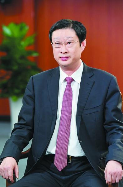 六合区委书记李万平接受南报融媒体记者专访。 南报融媒体记者 董家训摄
